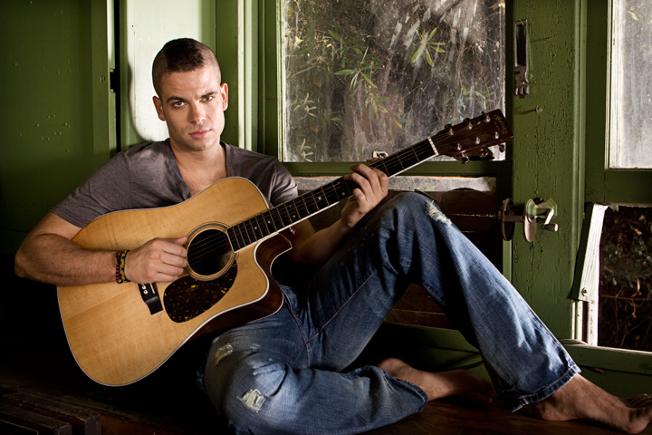 MarkSalling-guitar