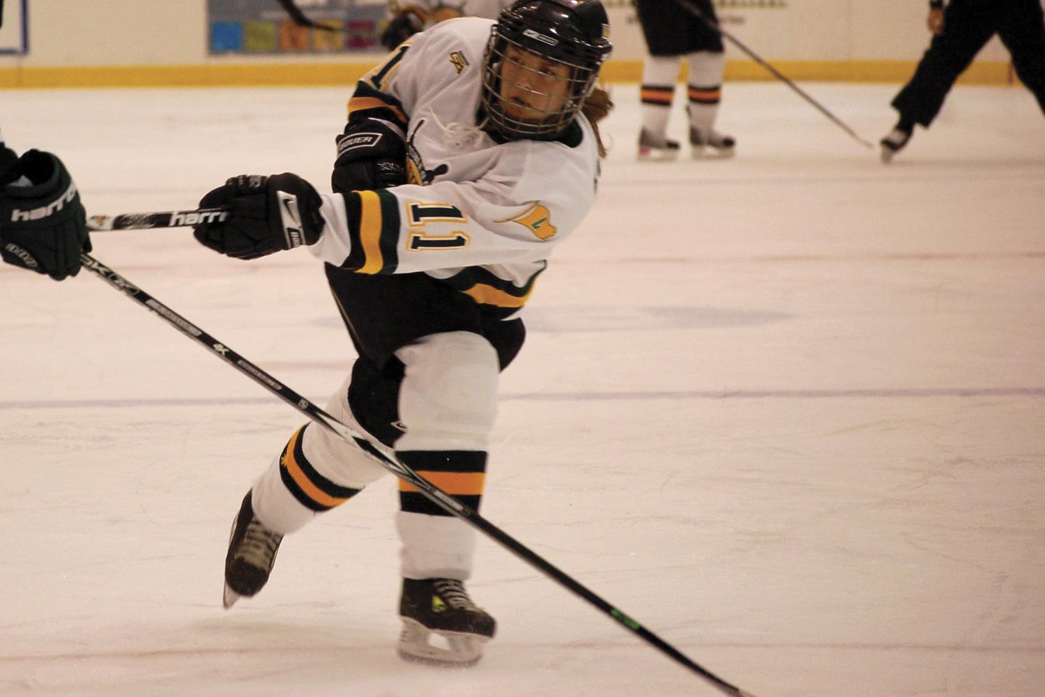 womens-ice-hockey