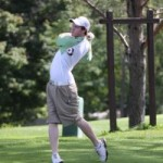 Men's golf takes third
