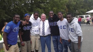 Phi Beta Sigma volunteers