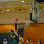 Men's basketball cruises in exhibition