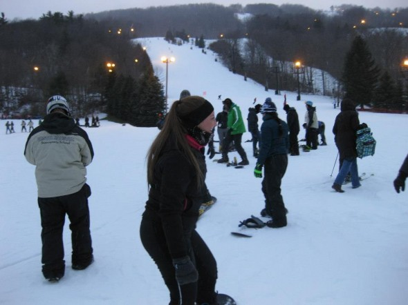 Oswego State students ski and snowboard during the Campus Rec trip to Brisol Mountain Ski Resort. (Photo provided by Campus Recreation)