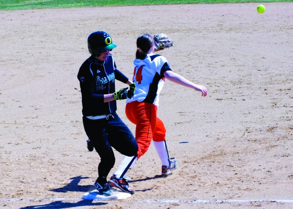 The Oswego State softball team is 6-10 overall and 3-3 in SUNYAC play, with its most recent games a doubleheader sweep over SUNY Fredonia. (Jessica Bagdovitz | The Oswegonian)