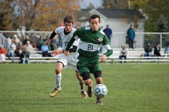 Lakers senior captain Brendan Beisner looks to end his time in Oswego with a trip to the 2013 postseason.  (Jessica Bagdovitz | The Oswegonian)