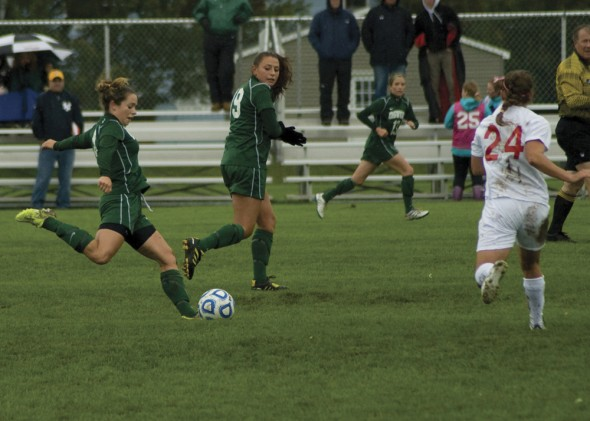 The Oswego State women's soccer team is looking to end a postseason drought and advance to the playoffs this year. The team is off to a good start thus far, with a 2-2 record in their first four games.  (Jessica Bagdovitz | The Oswegonian)