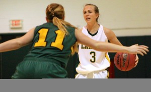 Senior Jenn Robbins paced Oswego State tonight with 16 points in the team's 51-50 loss versus The College at Brockport Golden Eagles at Max Ziel Gymnasium in Laker Hall (David Armelino | The Oswegonian).