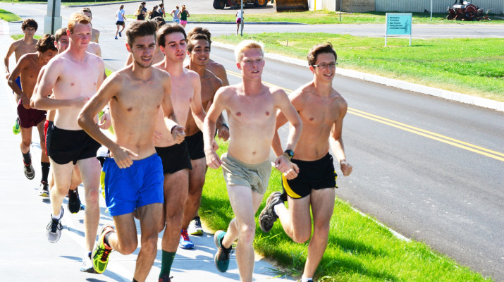 Men's cross country is riding second and third place finishes into this weekend's meet in Rochester.  (HaoFeng Deng | The Oswegonian)