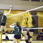 Volleyball struggles in first SUNYAC test of season