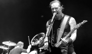 Metallica gives listeners new songs, old style