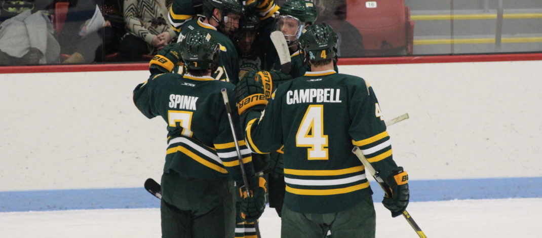 Men's hockey rolls past SUNY Potsdam in dominant road win